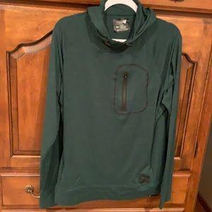 Size medium American Eagle flex hoodie green
